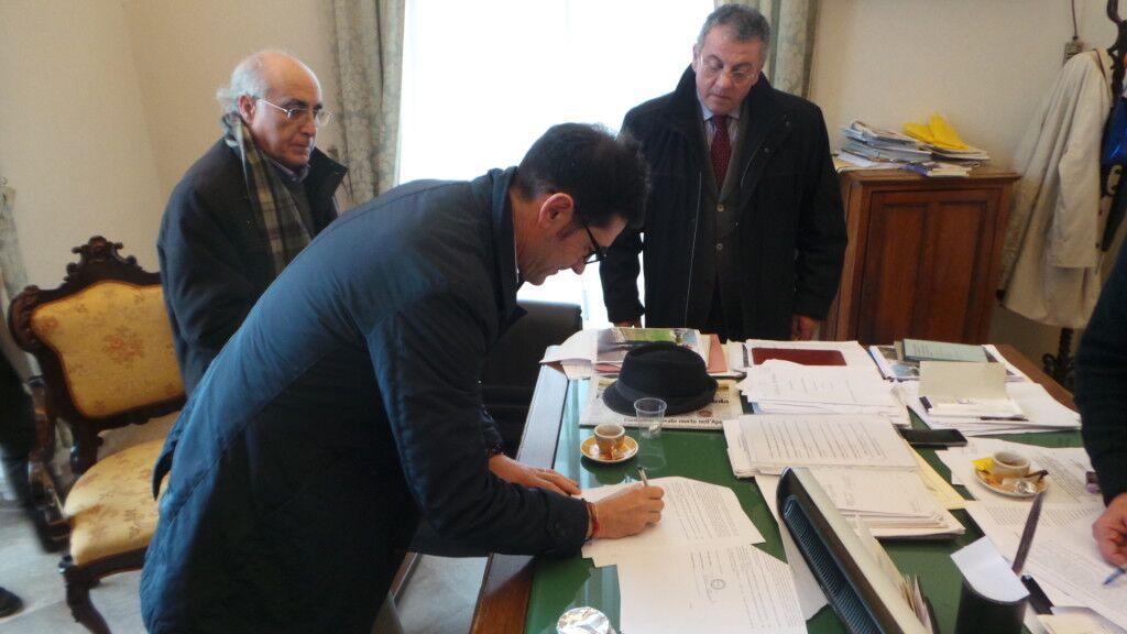 Aversa, siglato protocollo d'intesa tra Comune, Anolf e Cisl in tema di immigrazione