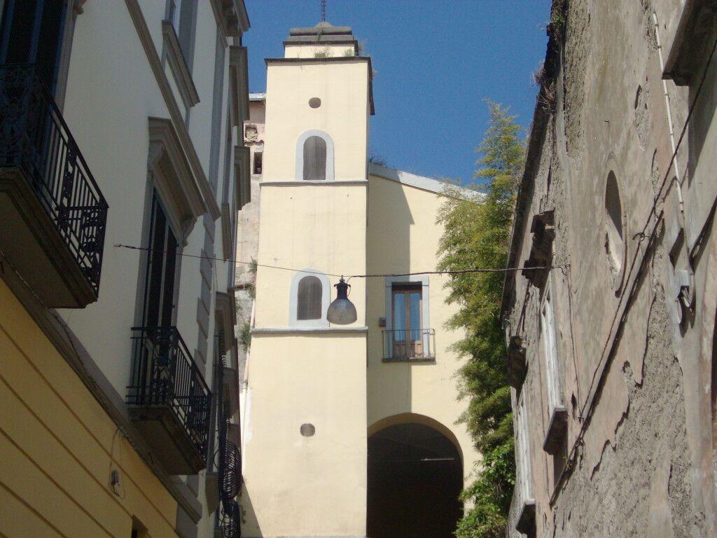 Marano, lavori al convento: prosegue la protesta dei cinque disoccupati