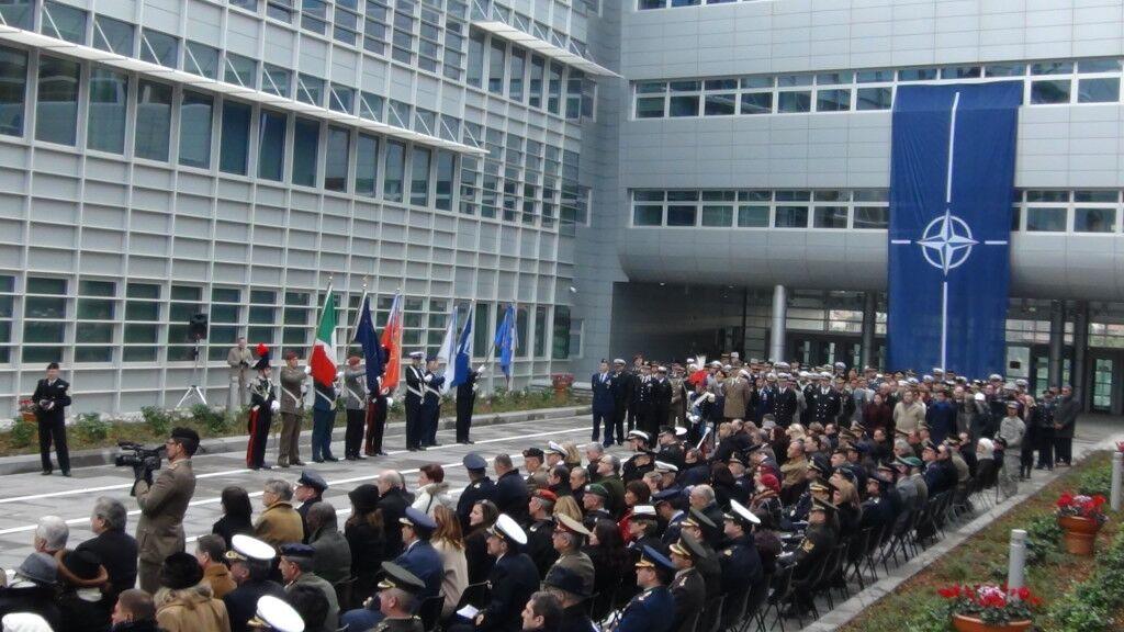 Il Capo di Stato Maggiore della NATO di Lago Patria incontra il sindaco di Qualiano