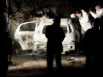 Orrore al Lago Patria, trovato un corpo carbonizzato in un'auto