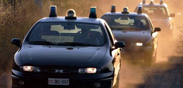 Marcianise, scoperti e inseguiti dai carabinieri sull'Appia: arrestati due albanesi