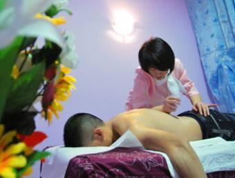Massaggi e sesso, chiuso un centro benessere cinese