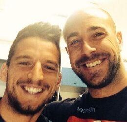 """Mertens: """"Bella partita Pepe, ora fammi felice: comincia a negoziare il contratto col Napoli"""""""