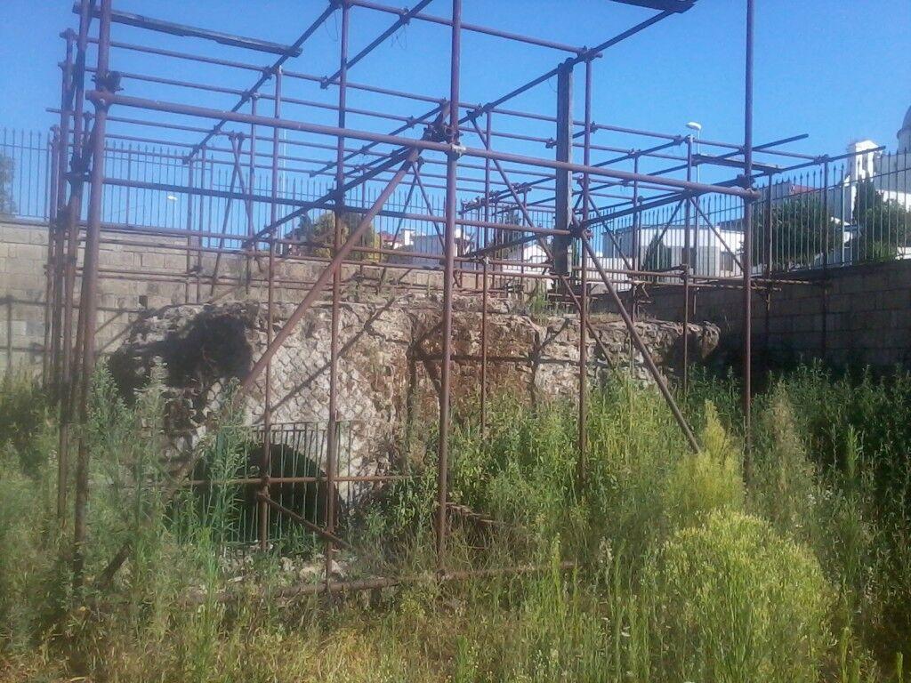 """Marano, il """"Ciaurriello"""" dimenticato. Resti di un'antica dimora romana nascosta tra le erbacce"""