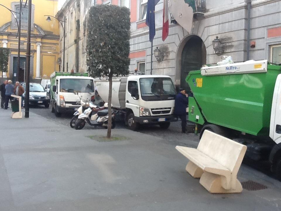Marano, lavoratori stagionali nella ditta dei rifiuti: martedì il sorteggio nella sala Cavallo
