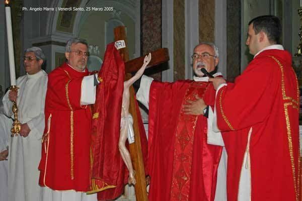 Don Giovanni Liccardo, decano dei parroci della città, lascerà la parrocchia di San Castrese. Sarà cappellano del carcere di Poggioreale