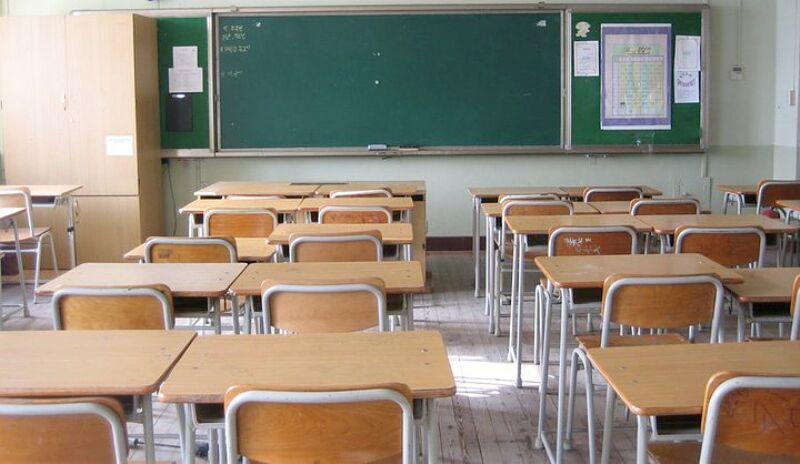Inizio anno scolastico, gli auguri del sindaco Liccardo e dell'assessore D'Ambra