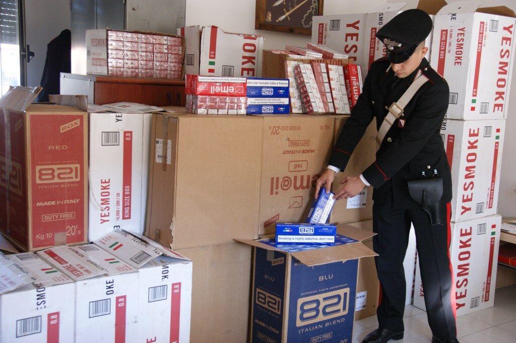 Arrestato un uomo a Melito, aveva 456kg di sigarette di contrabbando