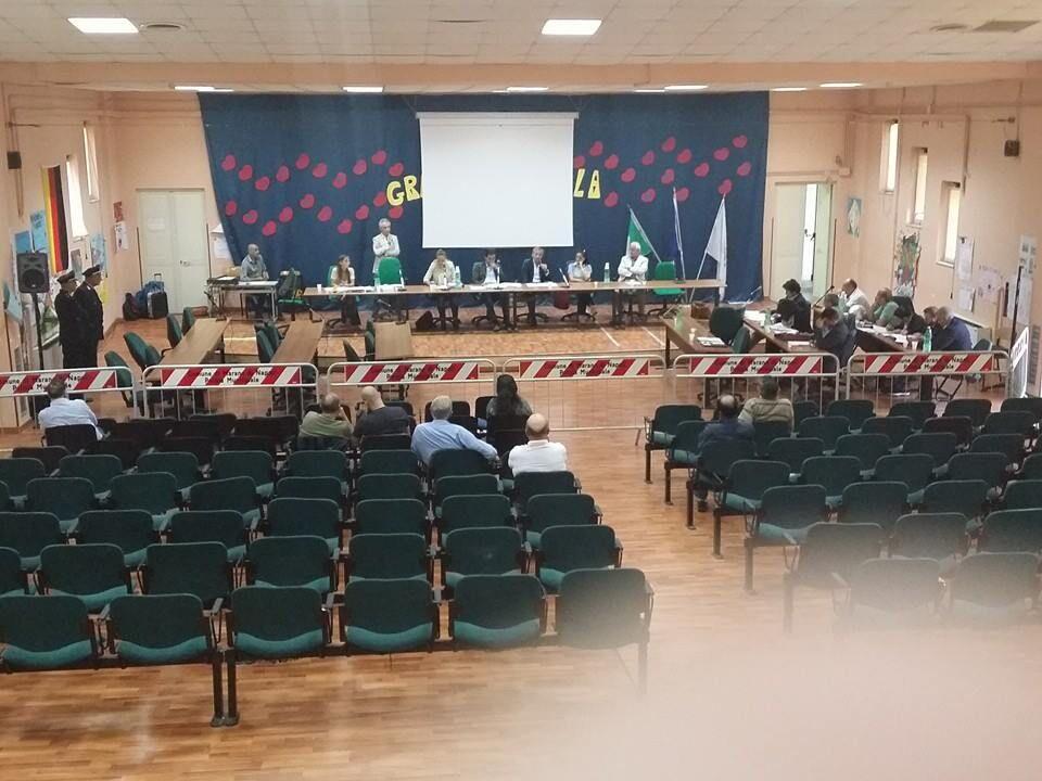Marano, il Consiglio dà il la al piano decennale per il riequilibrio del debito. L'Irpef scende allo 0.75 per cento