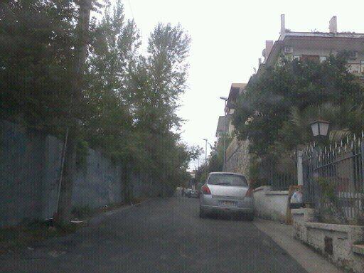 Marano, tentano di svaligiare alcuni appartamenti in via San Castrese. Ladri costretti a scappare: scatta la denuncia
