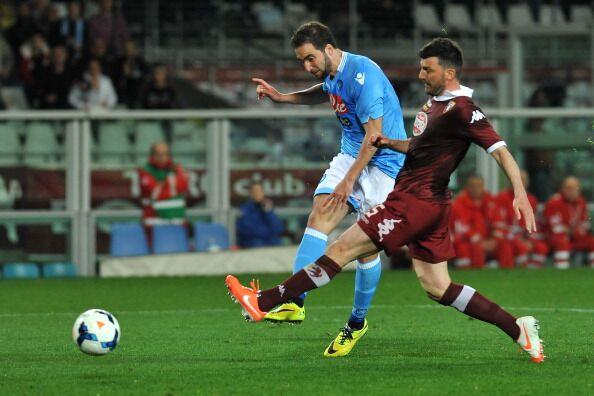 Napoli-Torino, le probabili formazioni: Benitez punta sulla difesa titolare. Due ex per l'attacco di Ventura