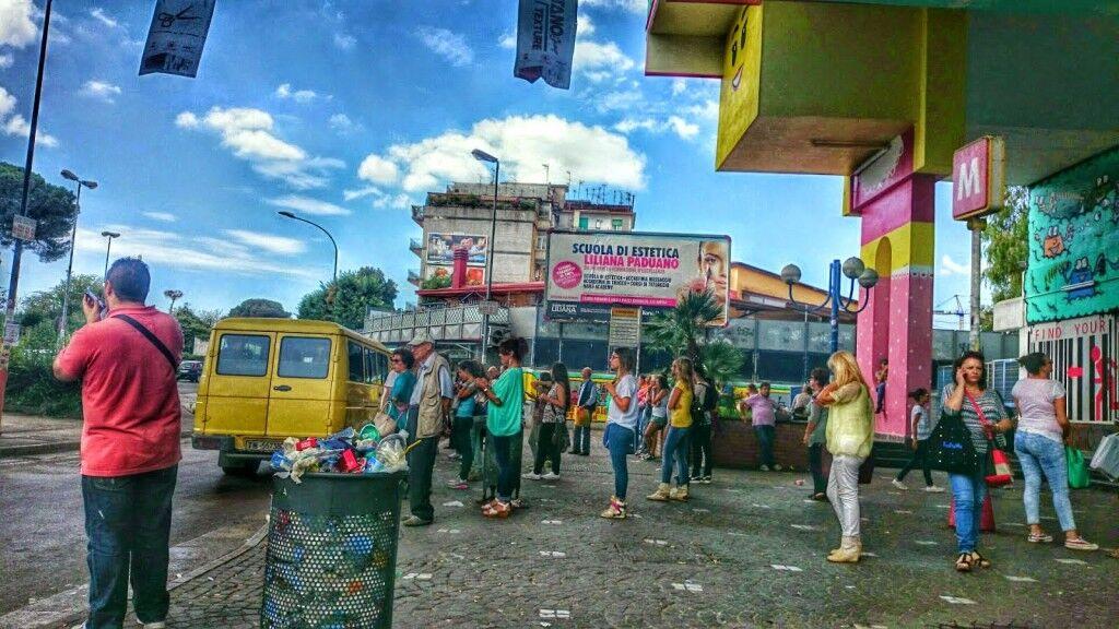 Panico alla metro di Chiaiano, muore un giuglianese