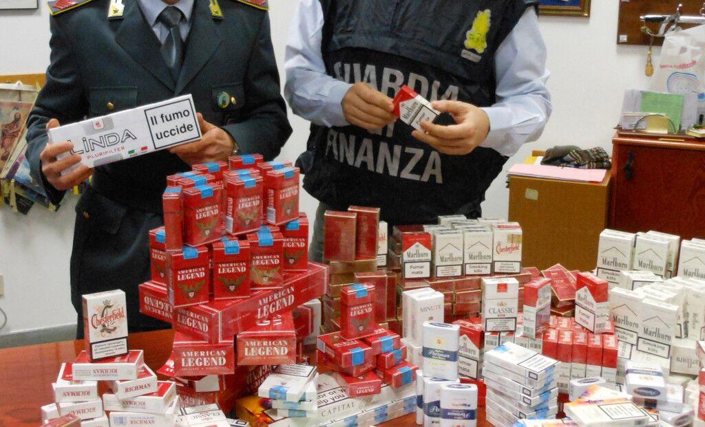 Contrabbando. Sequstrati oltre 600 kg di sigarette