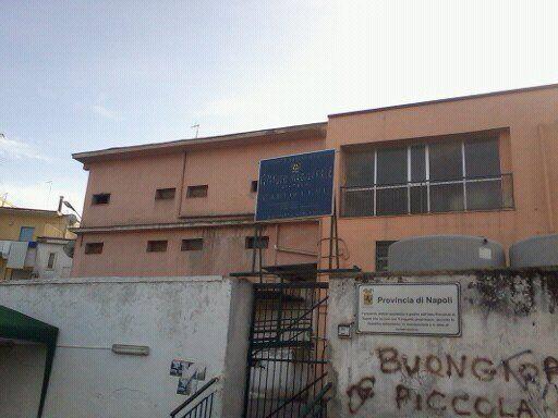 Marano, ondata di furti e vandalizzazioni nelle scuole. Anche il Segrè è finito nel mirino dei ladri