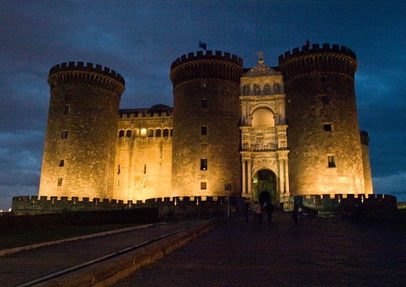 Giornata Internazionale Città per la vita, Città contro la pena di morte. Ecco il monumento che si illuminerà a Napoli