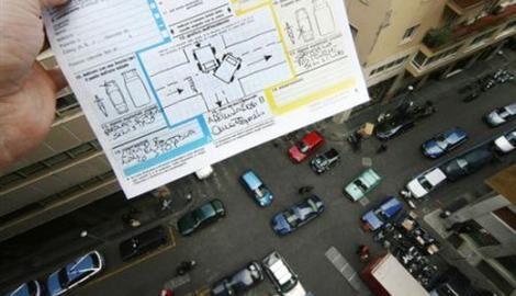 Truffe alle assicurazioni, sotto accusa una banda di Napoli Nord