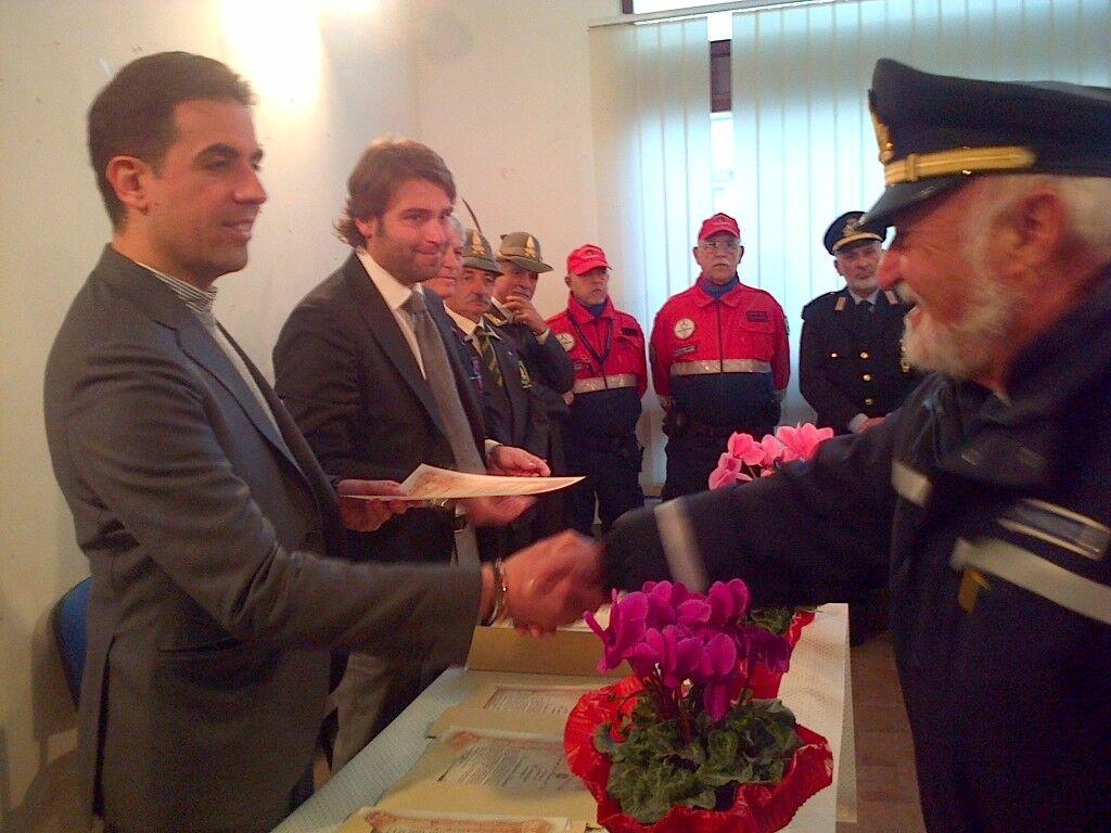 Encomi per organizzatori delle solenni cerimonie funebri dei giovani Salvatore Giordano e Giulia Menna