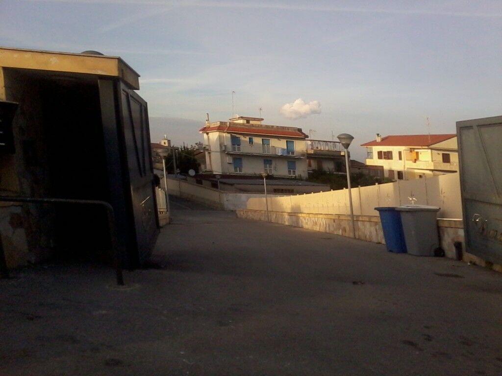 Marano, corsa contro il tempo per le famiglie di via Marano-Pianura. Rischiano un Natale al buio