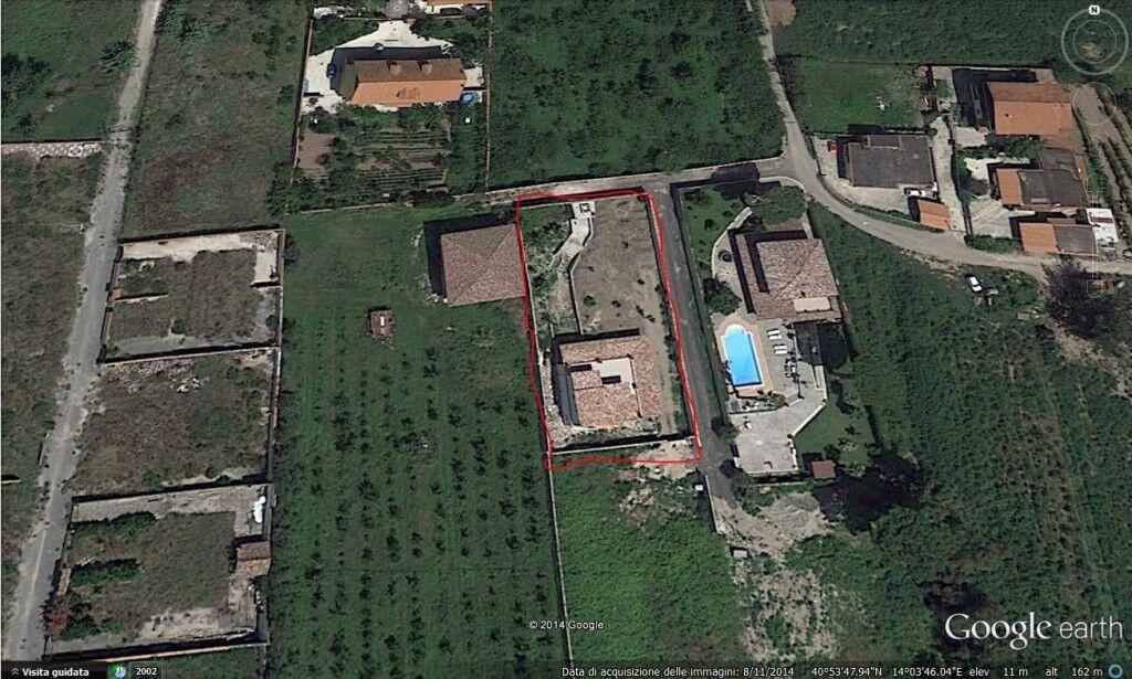 Una mega villa nel quartiere abusivo di via Rannola: non si fermano gli speculatori. Tutto sequestrato