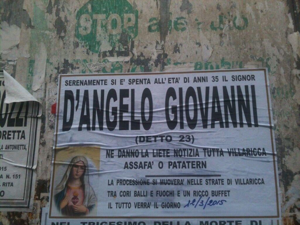 Macabro scherzo a Villaricca: manifesti mortuari per un uomo ancora vivo