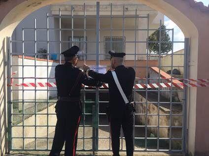 Prostituzione, blitz dei carabinieri in una villetta: denunciate quattro donne