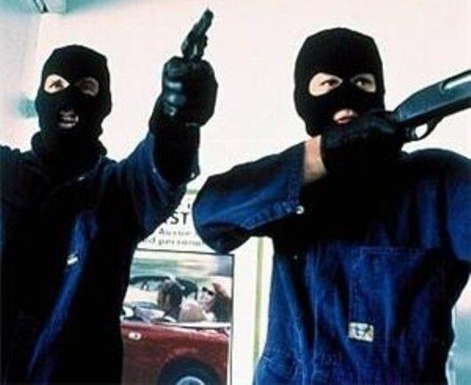 Rapina a mano armata al Bingo di Aversa: banditi via con l'incasso