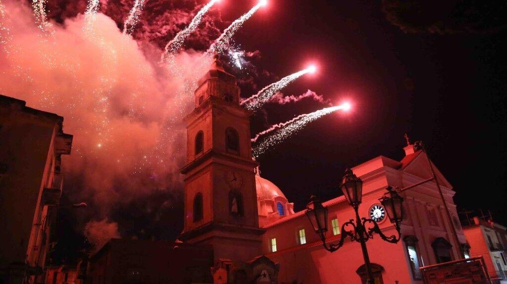 """Calvizzano, Ritorna l'antica tradizione dell' """"Incendio del Campanile"""""""