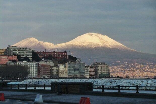 Gelo in Campania, ancora neve fino a lunedì
