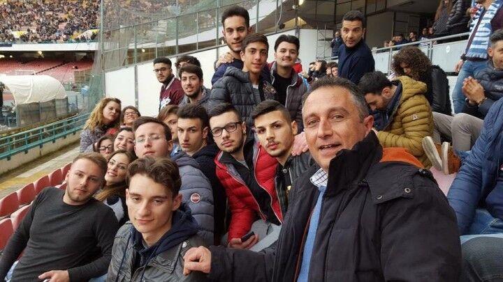 Itis Giugliano, il preside Pezza accompagna gli alunni meritevoli allo stadio