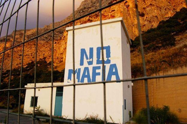 """Giugliano e Marano nella black list della Commissione Antimafia: """"Città sotto assedio dei clan"""""""