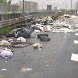 Asse mediano: rifiuti, degrado e svincoli chiusi da anni