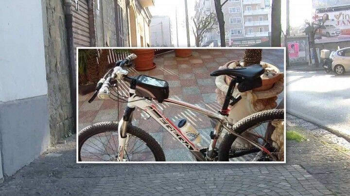 """Giugliano, ancora in circolazione i """"ladri di biciclette"""": l'appello di un Ciclopasseggiatore"""