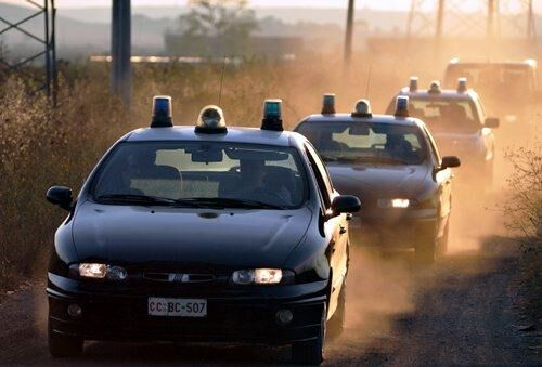 La folle corsa di un giuglianese dopo aver rubato un'auto in Toscana