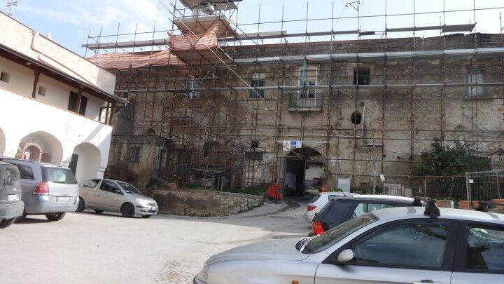 Marano.  Castello Monteleone, la storia nel degrado