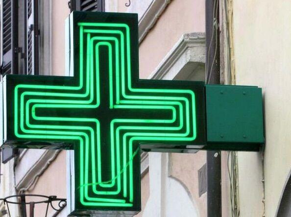 """Regione Campania, l'annuncio: """"Apriranno 75 nuove farmacie"""""""