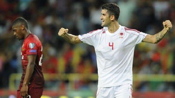 Hysaj infortunato, lascia la nazionale e torna a Napoli