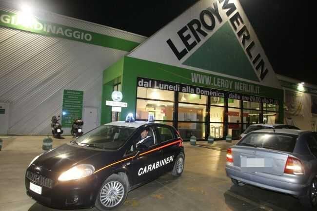 Sorpreso a rubare da Leroy Merlin, in manette 29enne