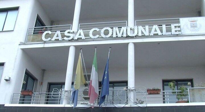"""Mugnano, l'opposizione: """"Mercato ittico abbandonato, ennesima tragicommedia"""""""