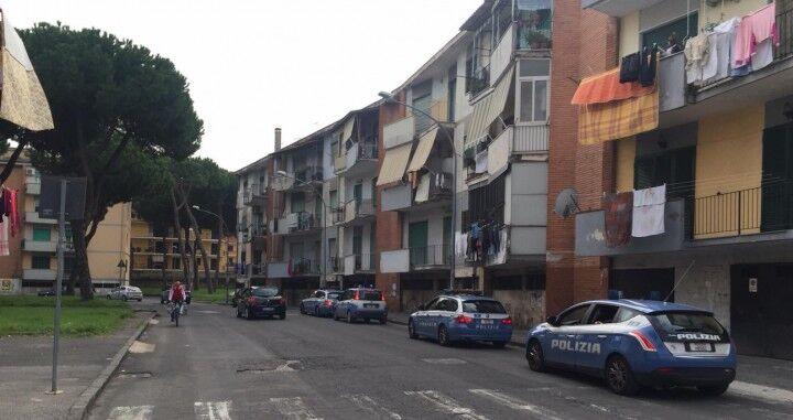 Controlli a tappetto della Polizia tra Giugliano e Melito. Blindati centro e periferia