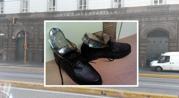 Nasconde la droga nel tacco della scarpa e tenta di mandare l'hashish al figlio in carcerce