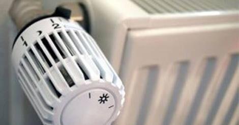 Paura in una scuola: i genitori della De Amicis denunciano riscaldamento rotto e puzza di gas