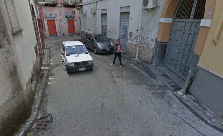 Frattamaggiore, c'è l'ombra della camorra sulla bomba carta di via Ritiro