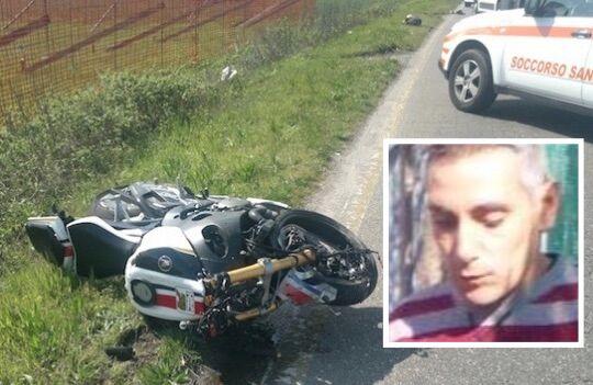 Sangue sulla strada, muore motociclista di 44 anni