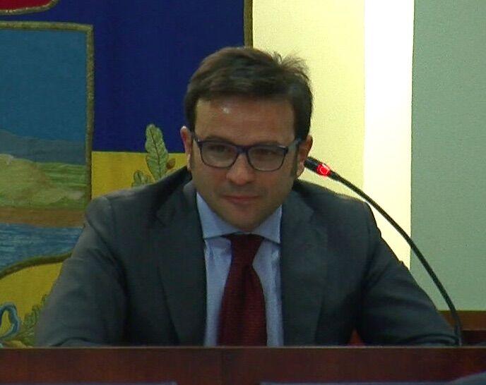 """Aggressione Risso, la solidarietà del presidente del consiglio: """"Lo invito ad andare avanti"""""""