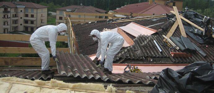 Pericolo amianto sui tetti di Frattamaggiore, via alla mappatura della città