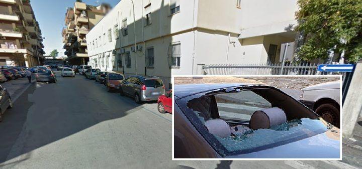 Frattamaggiore, ladri in azione. Sfondano un'auto e portano via una borsa