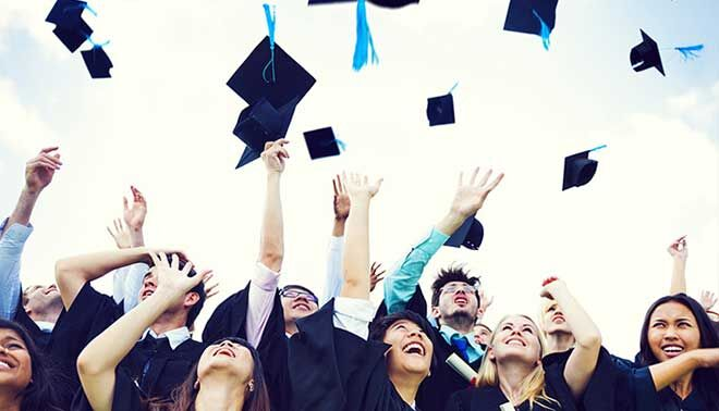 Ragazzo autistico si laurea in Scienze Politiche con 110 e lode: è il primo in Italia