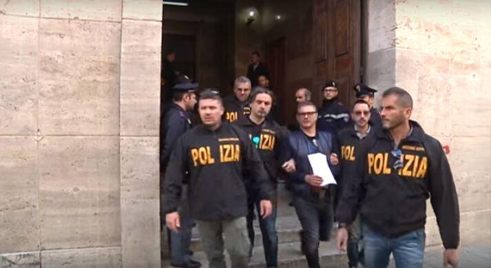 """Lo Russo, Mallo si allea con i clan di Fratta e Villaricca per far fuori i """"Capitoni"""""""