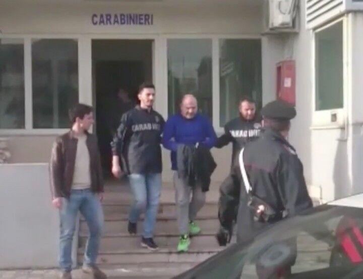 Arrestato ricercato del clan dei casalesi: si trovava a via Spazzilli. Festeggiava onomastico del figlio. VIDEO
