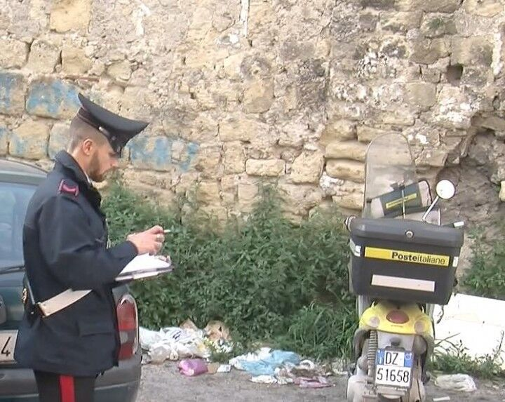 Giugliano, postina derubata di scooter e corrispondenza. Recuperato il motociclo in vico Pinto